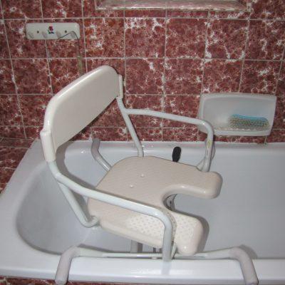 SD-POM008 židle koupací do vany v provozu